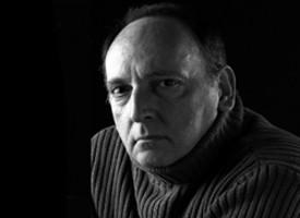 Ernesto Mallo presenta la precuela de su serie sobre el comisario Perro Lascano