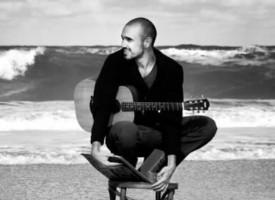 Abel Pintos regresa a España con el adelanto de su nuevo disco